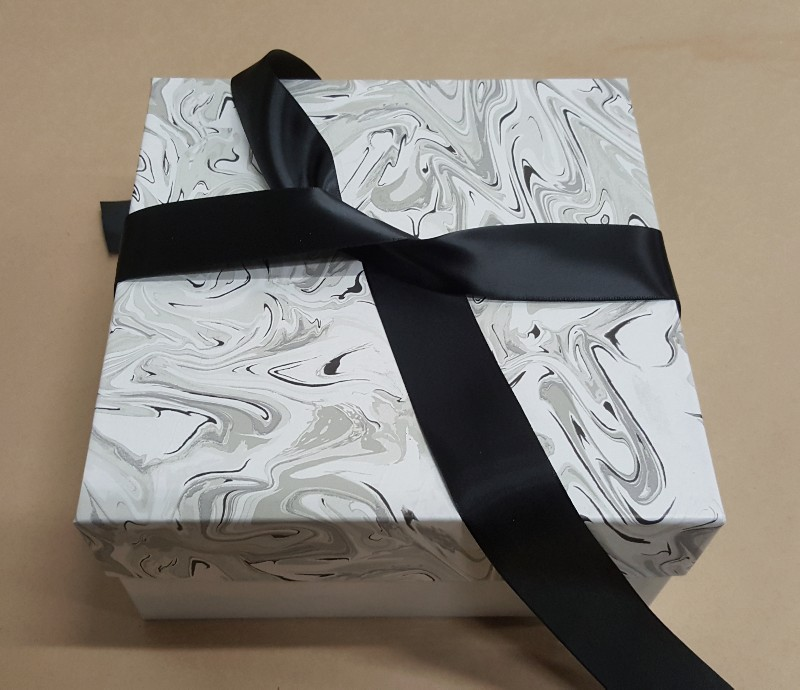 bow on a gift box lid